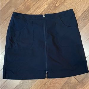 Black cracked wheat skort